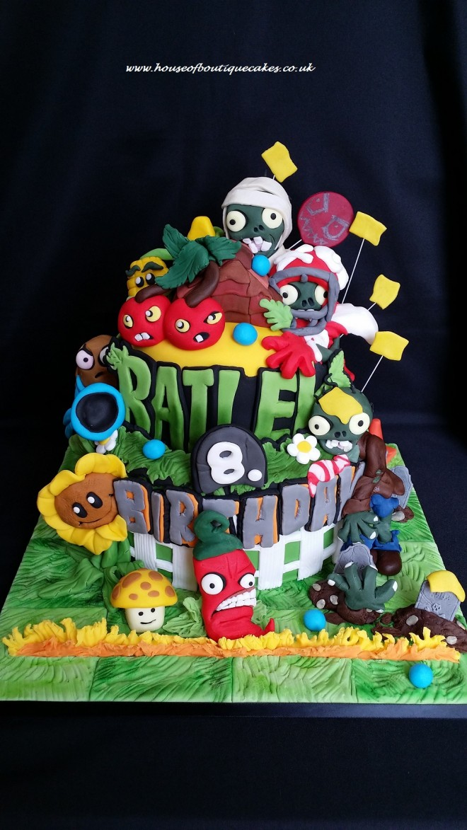 Plants v Zombies Birthday Cake