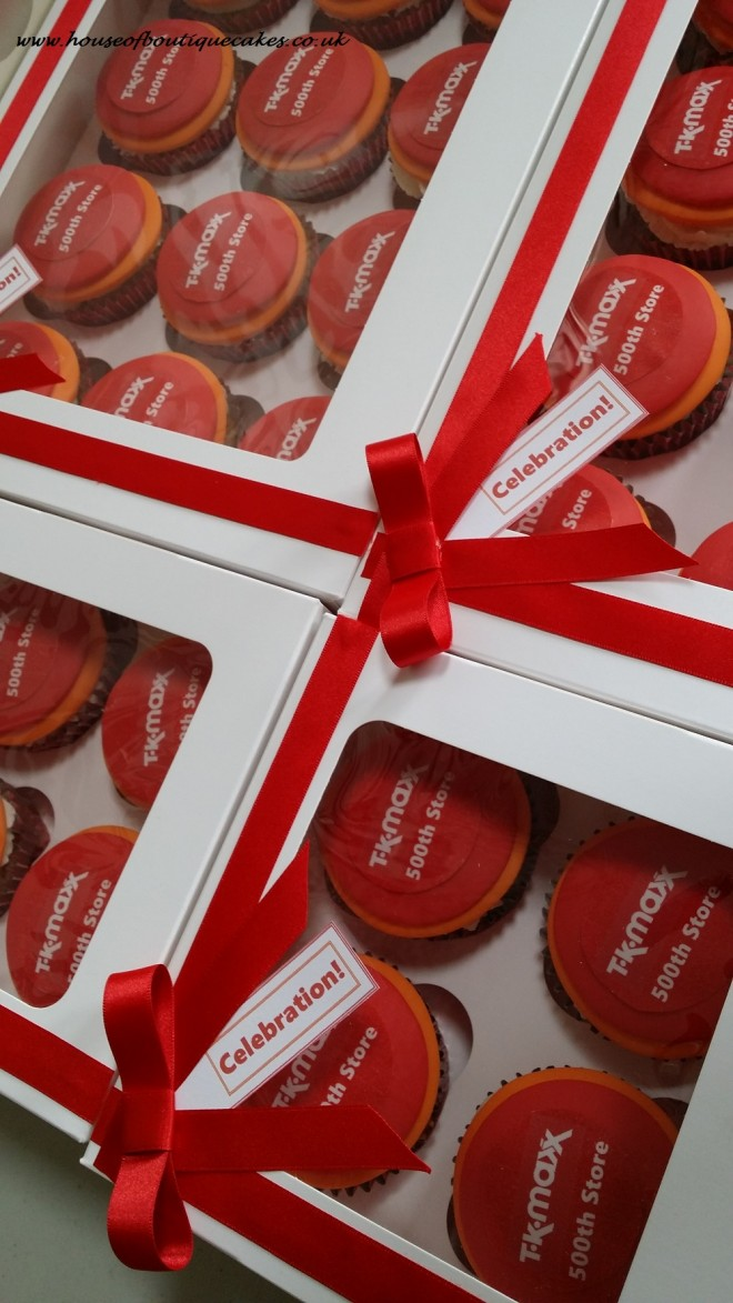 Celebration cupcakes for TKMaxx 500th Store at Cramlington